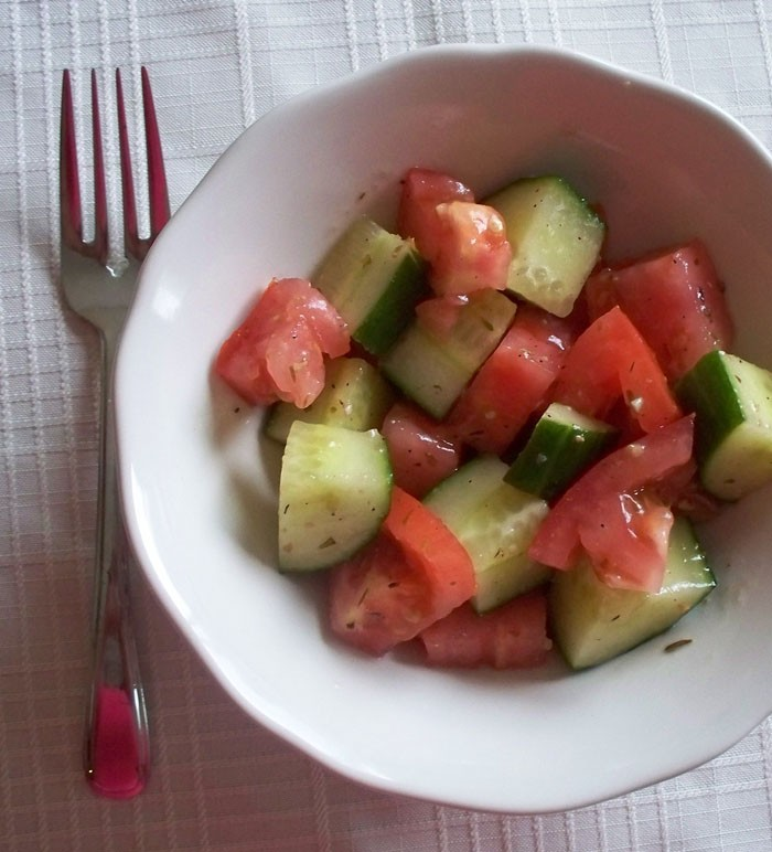 Summer Salad Recipe: Cucumber and Tomato Salad | Kidsumers